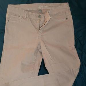 Dusty rose color ankle crop pants